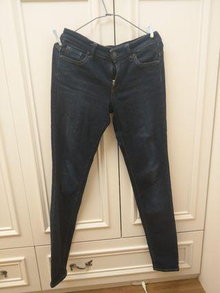 Uniqlo 彈性牛仔褲 深藍色