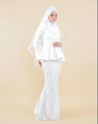Hijabistahub's Elena Luxe Peplum Off White