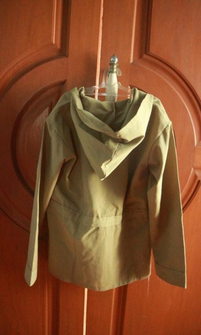 Beige Outer