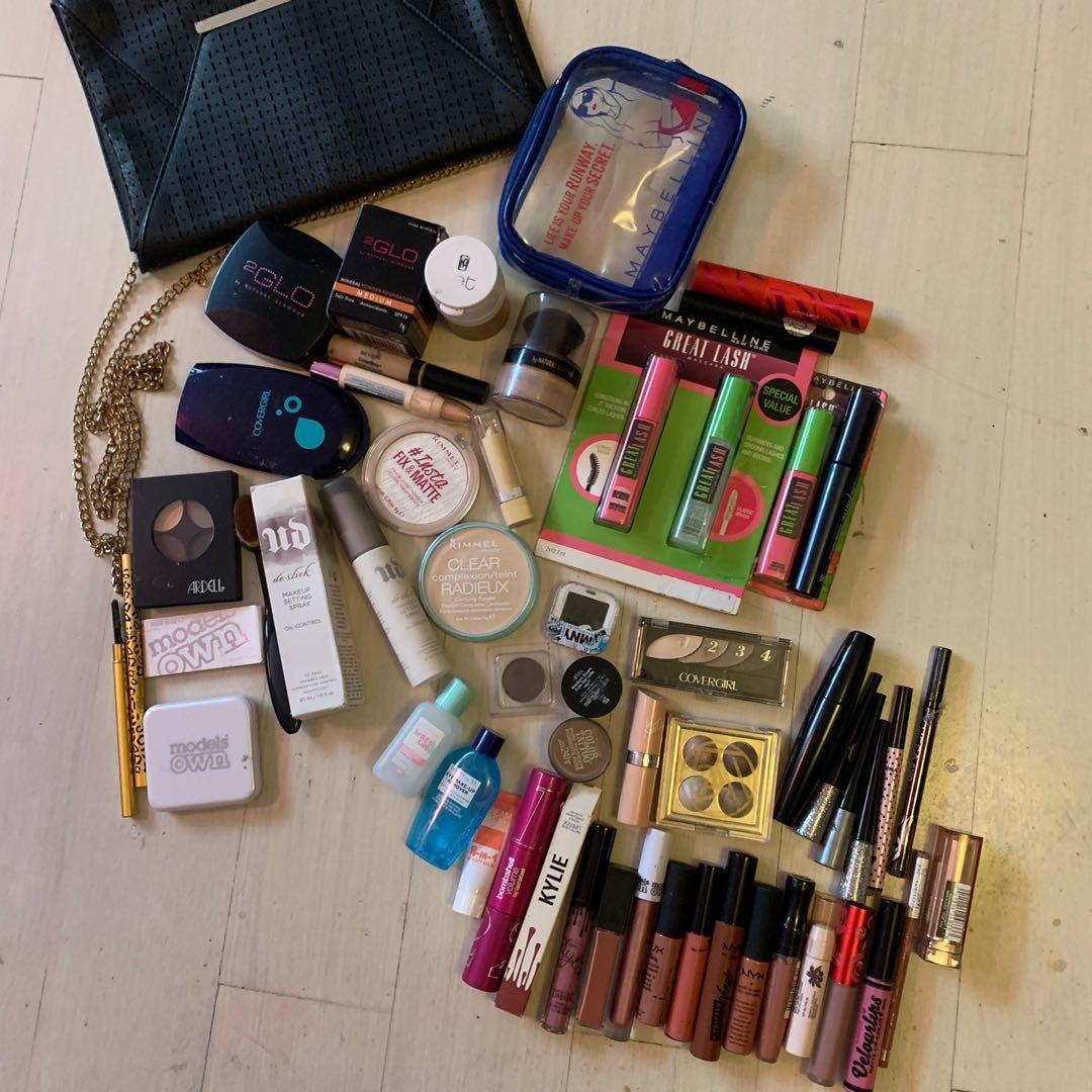 Bulk Makeup - Primer, Foundation, Mascara, Lipstick, Eyeshadow Palette, Translucent powder, Concealer, Eyeliner, Eyebrow set, Brush, Makeup remover + MORE