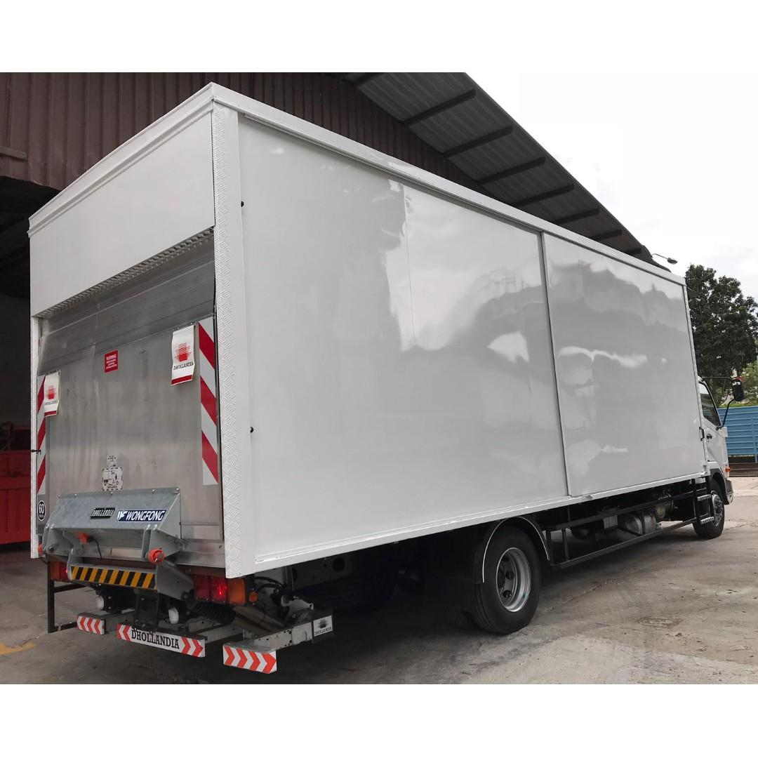 24FT FK 62 MITSUBISHI FUSO FIGHTER NEW LORRY AS LOW AS $11,500 PER YEAR