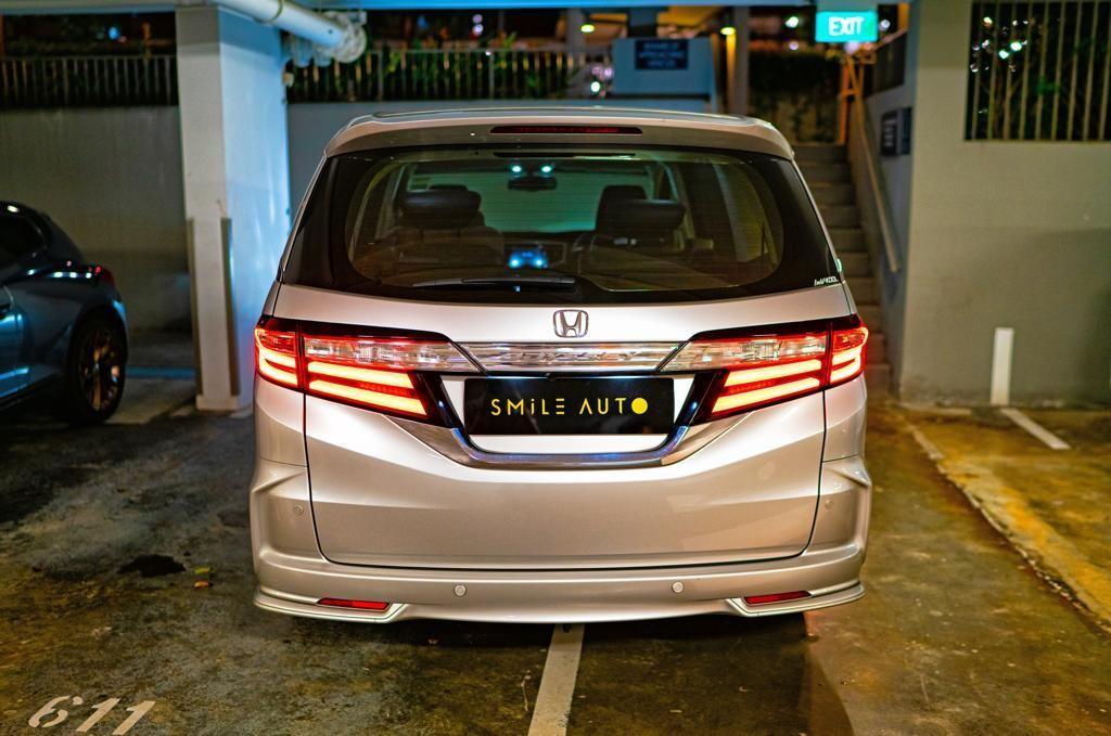 Honda Odyssey 2.4 MPV i-VTEC (EXV-S) NAVI Auto