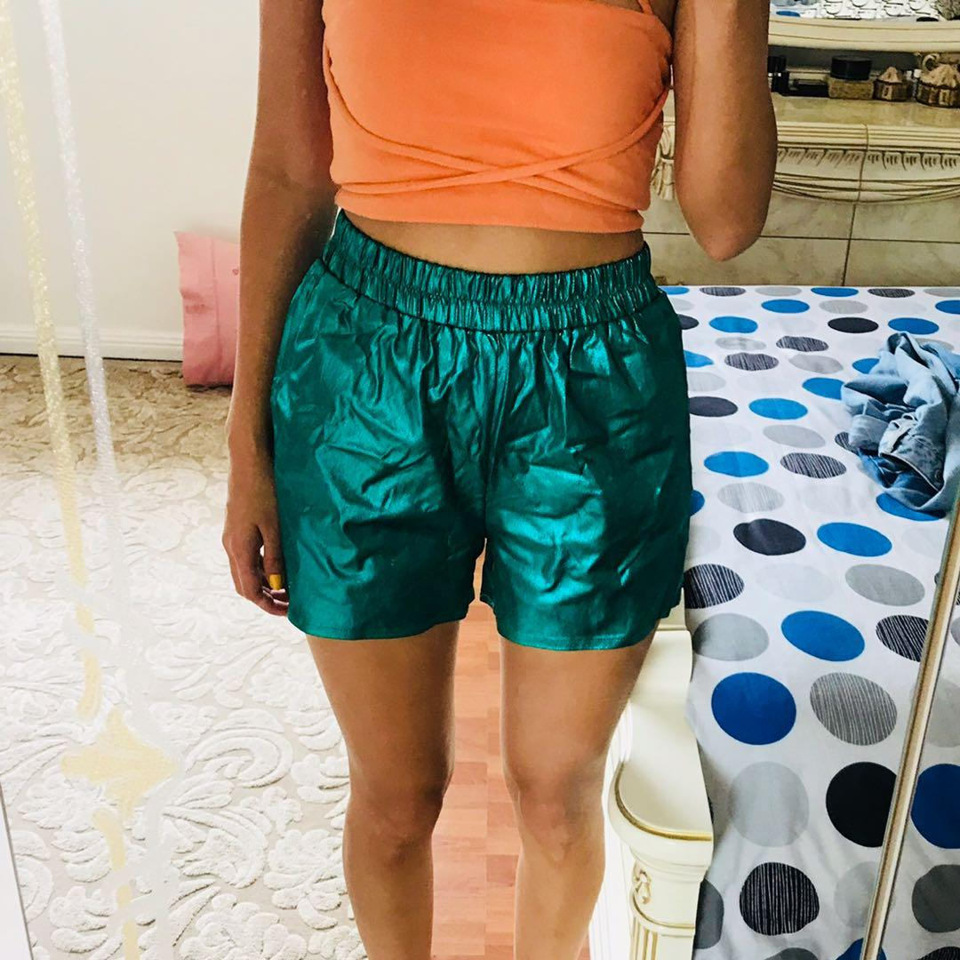 I.D.S METALLIC GREEN FESTIVAL SHORTS - size 6 fits like a 6-8