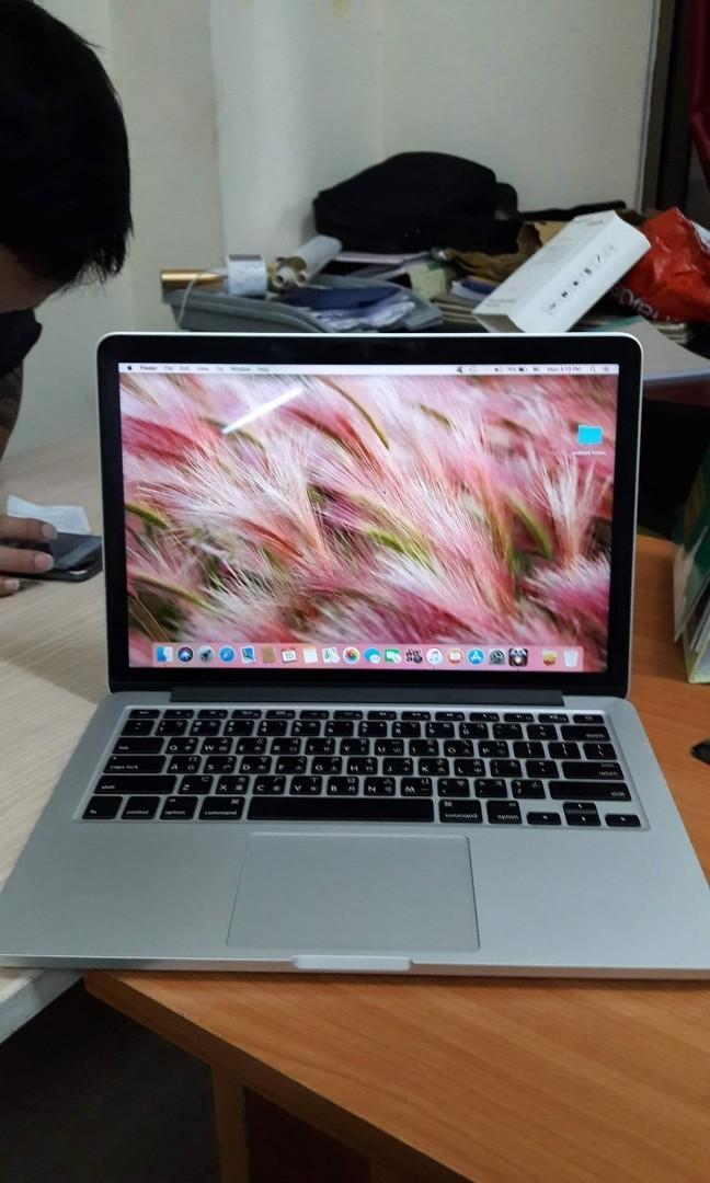 MacBook pro for sale brand new 1000gb 6gb of Ram 4 sale