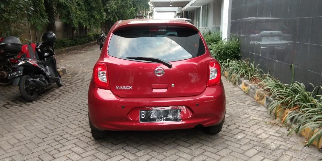 Nissan march 1.2 L at 2015 bisa tukar tambah jazz brio vios swift yaris