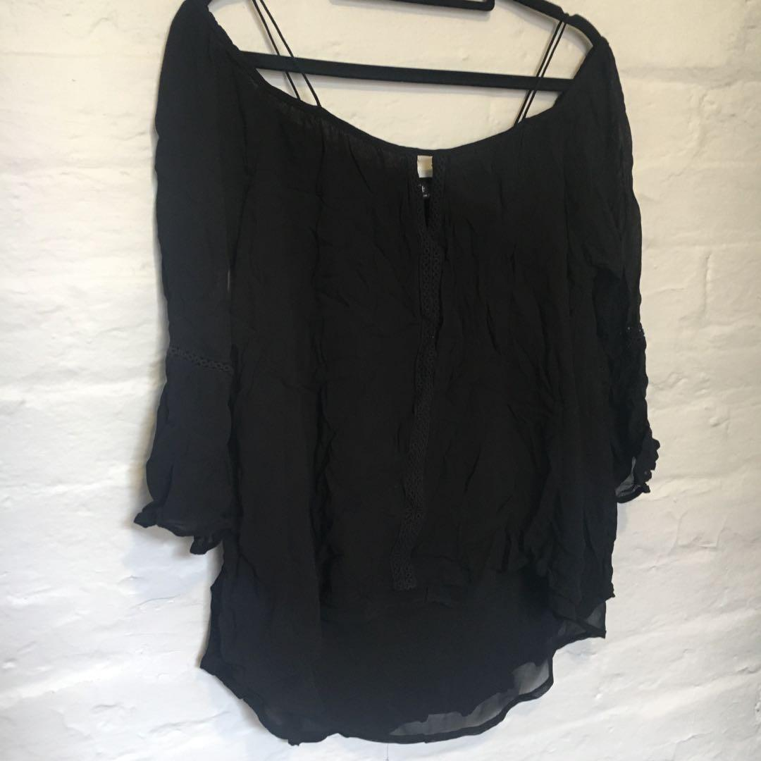 Off-Shoulder Spaghetti Strap Black Flowy Top | Size 10