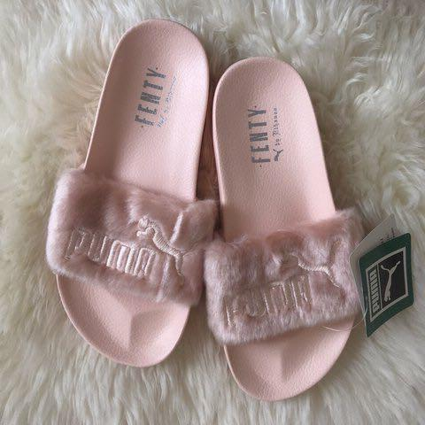 the latest cf6a3 2432c Puma x Rihanna Fenty Faux Fur Slides in Pink/Blush, Women's ...