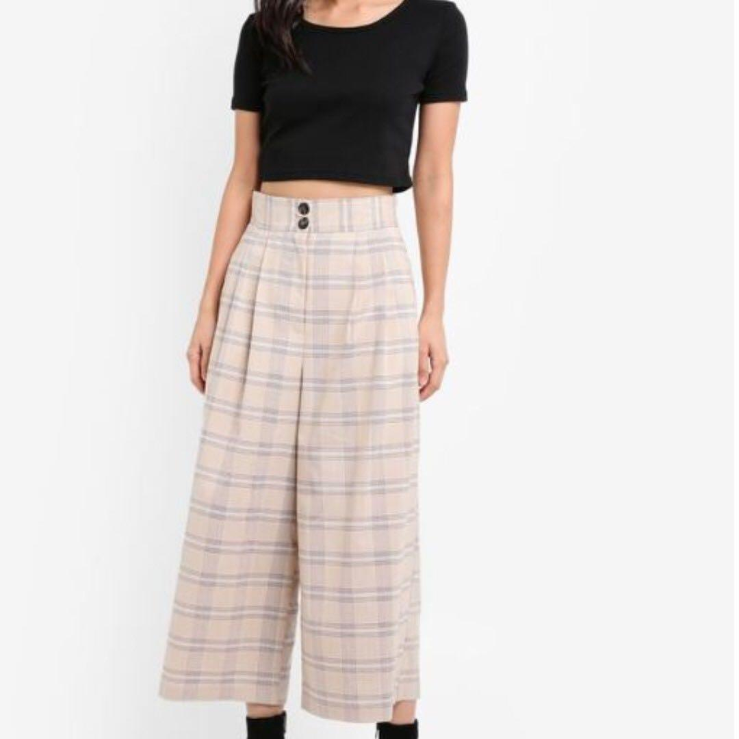 many fashionable outlet online catch TOPSHOP CHECKERS Wide Leg Trousers on Carousell