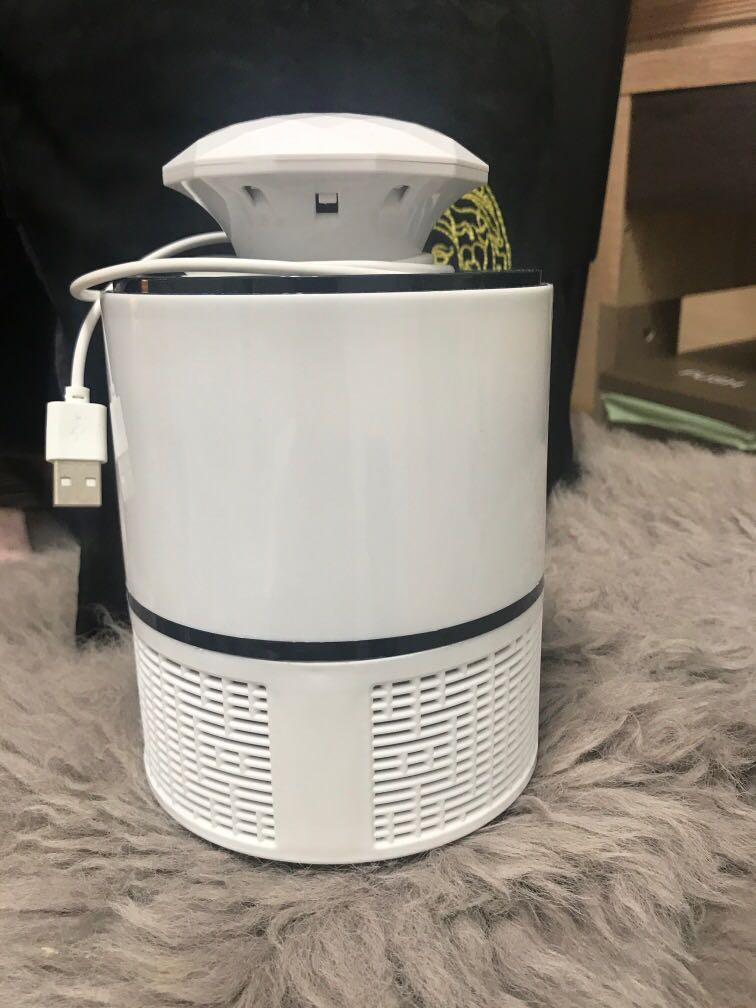 USB吸入式智能捕蚊燈