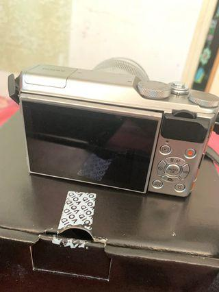 Mirrorless Fujifilm X-A10 msh seperti baru msh garansi