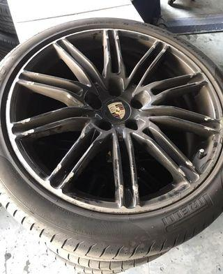 "Original 21"" Porsche Cayanne 4.8 GTS Rims"
