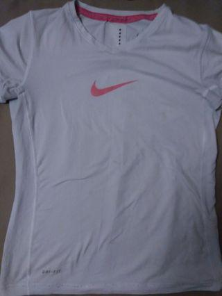 assorted tops (nike, more!)