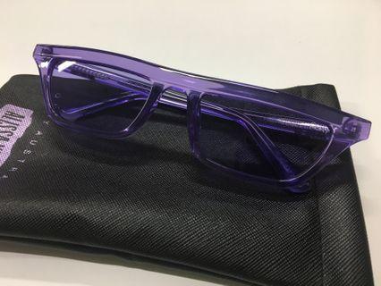 Quay QW000383 VIOL/VIOL Finesse Sunglasses Alyssa Violet Small Square Purple Clear Frame and Lens