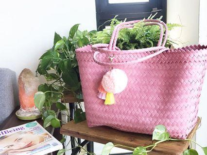 Handwoven handmade straw bag shoulder handle L size