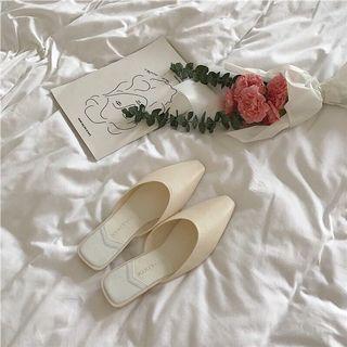 歐膩的米白色穆勒鞋
