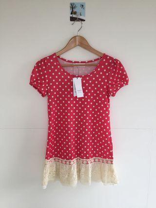 全新 東京著衣 俏皮可愛 桃粉色 白色點點 浪漫蕾絲 長版 上衣 短袖 T shirt