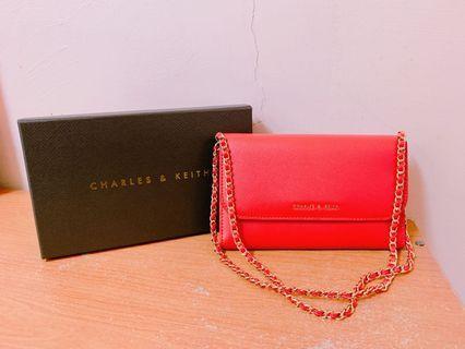 CHARLES & KEITH 全新紅色錬條肩包/側背小包