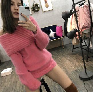 全新-韓貨-一字領大翻領毛衣洋裝-粉紅色