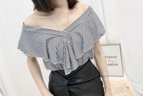 全新-V領荷葉上衣-黑白條紋色