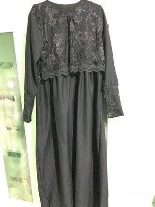 Longdress hitam muslim