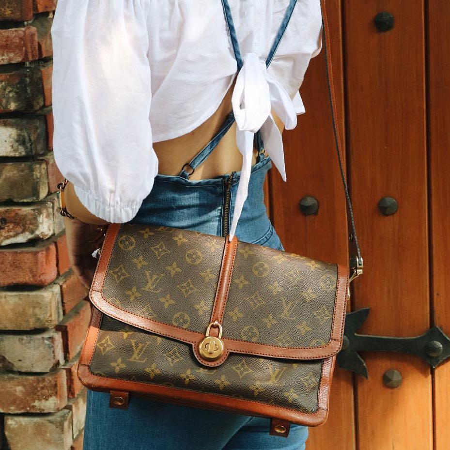 Authentic Louis Vuitton LV limited edition vintage Sac Vendome Saddle sling shoulder bag