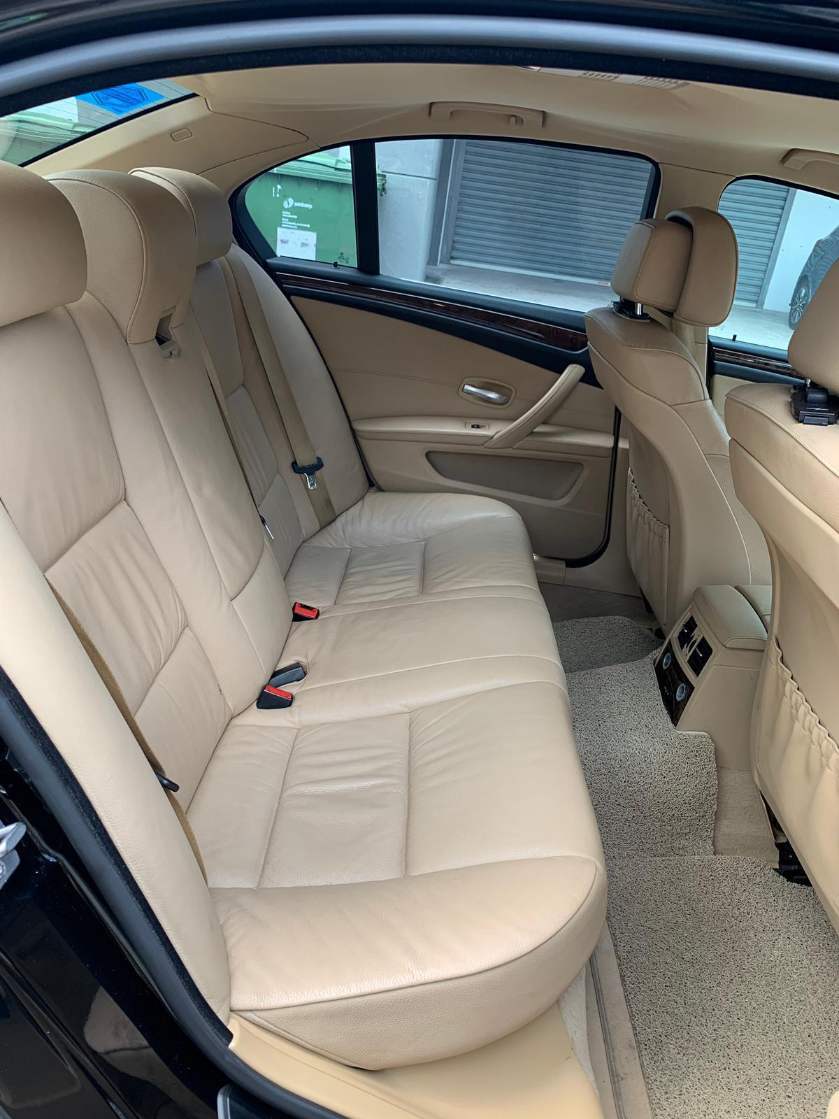 BMW 525i XL Luxury 2010 *Lowest rental rates, good condition!