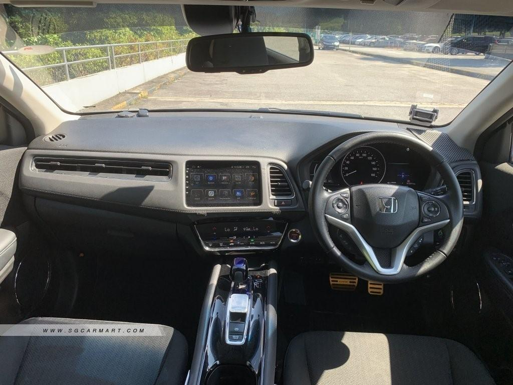 Honda VEZEL 1.5A HYBRID SENSING