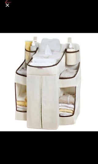 嬰兒樂床尿布用品収納