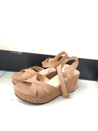 裸粉色線條交錯楔形涼鞋  #十一月女裝半價
