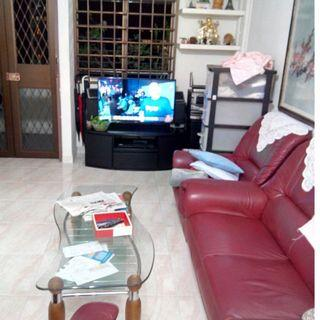 Near Yio Chu Kang MRT! Common room at AMK 611 for Immed Rent!