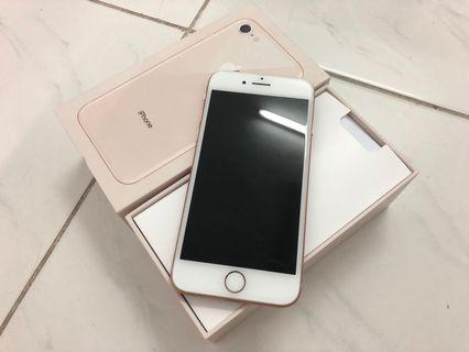 iPhone 8 64GB gold 99.99% like new