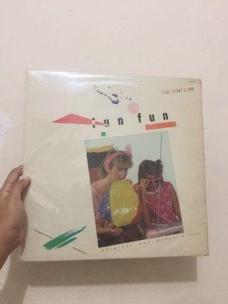 VINYIL FUN FUN - Color My Love