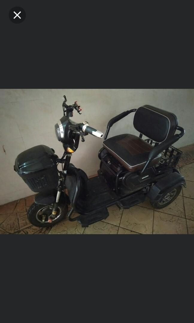 Electric 3Wheels scooter