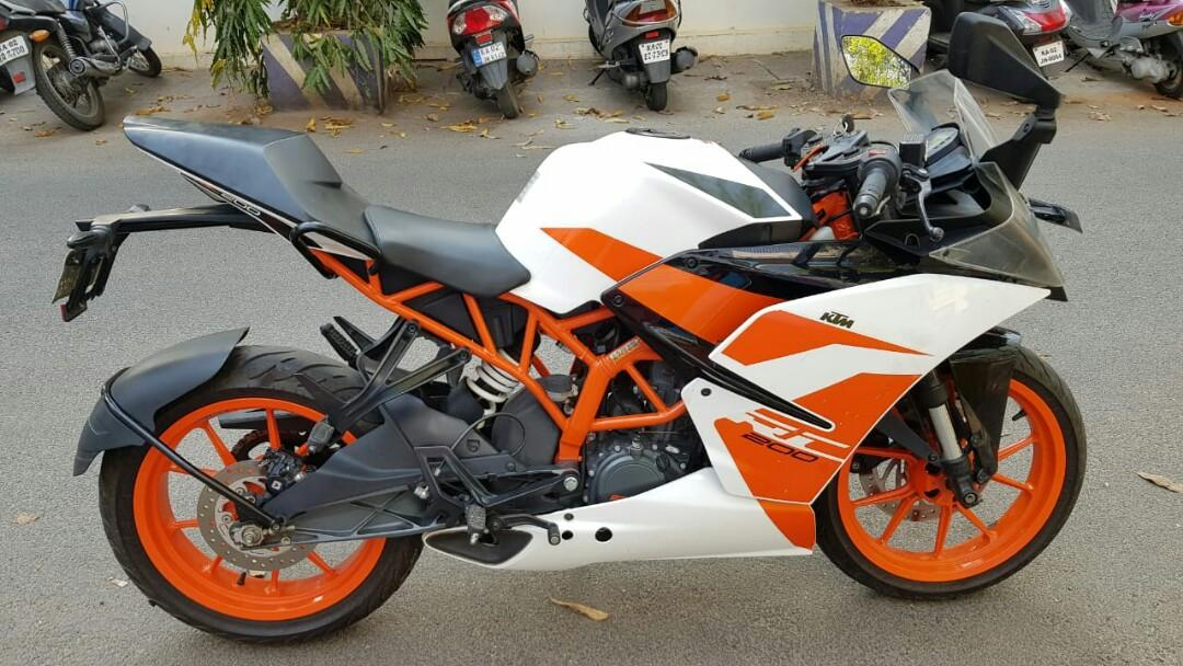 Ktm rc 200 all documents complete good condition argent sell