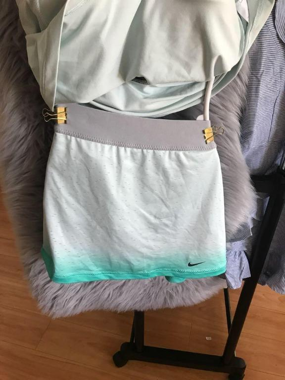 Light Green Nike Tennis outfit Girl's XL or Women size S