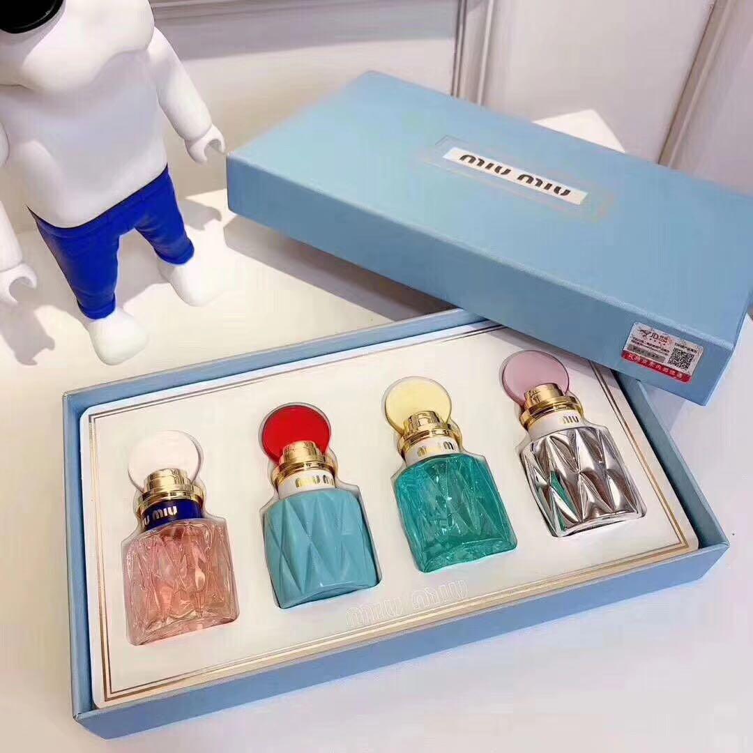 Miumiu 香水四件套