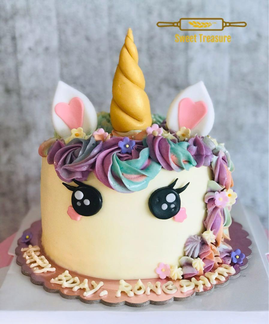 "Pretty Unicorn cakes (fr $45 for 4"")"