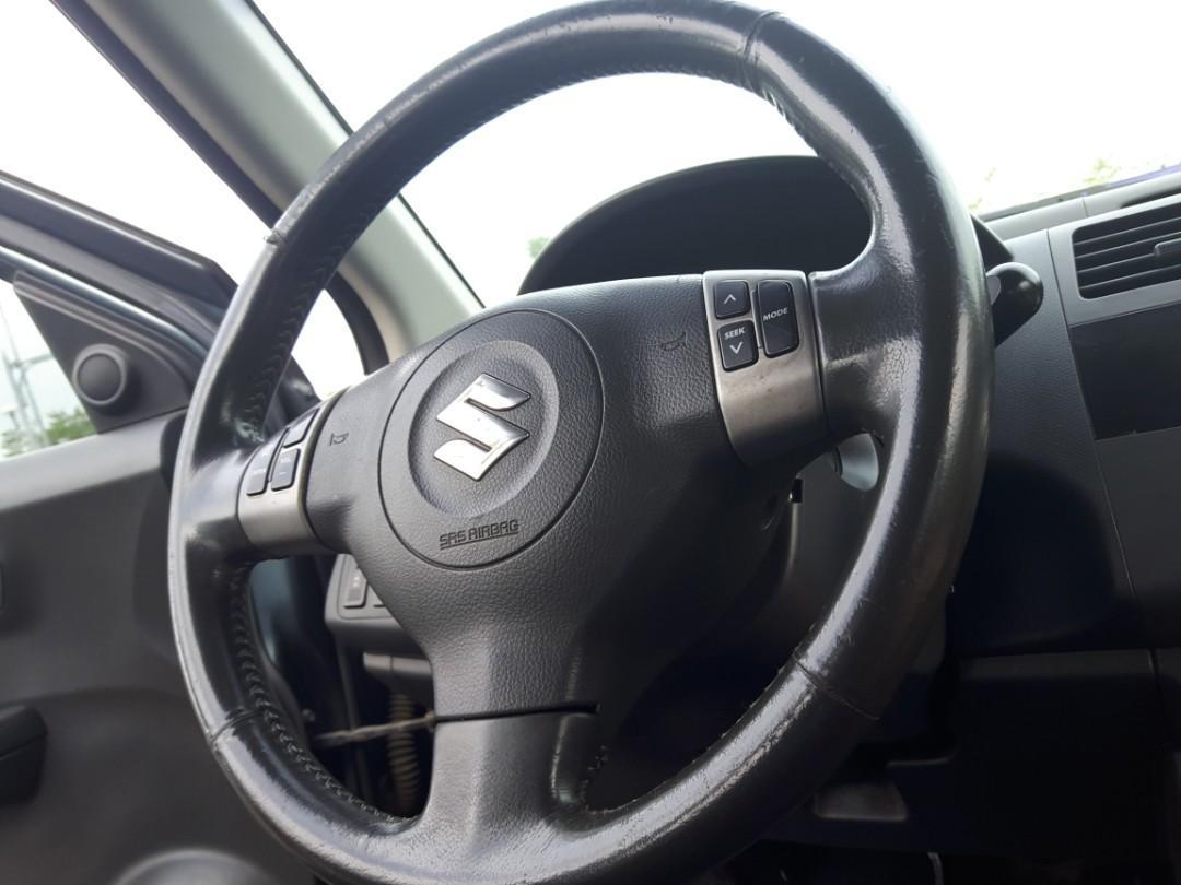 Suzuki swift 灰