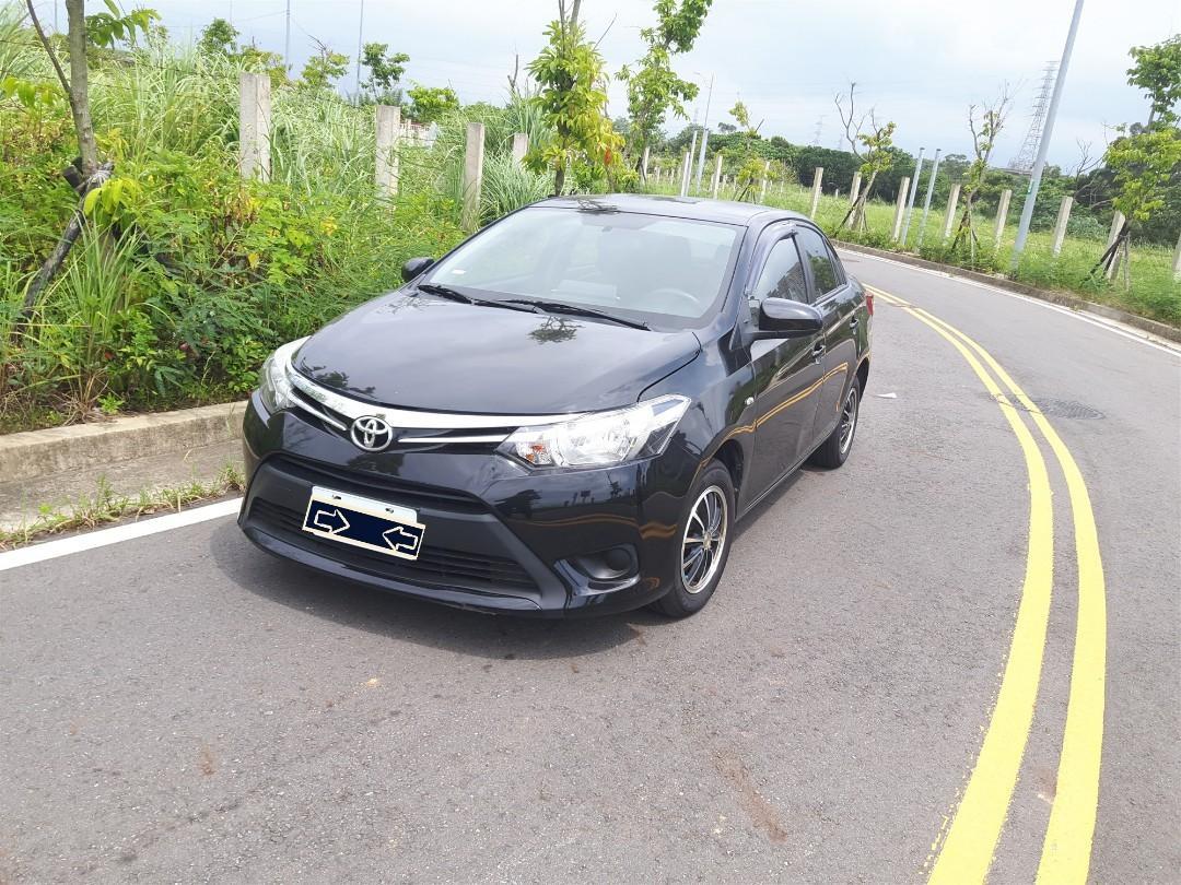 Toyota Vios 黑