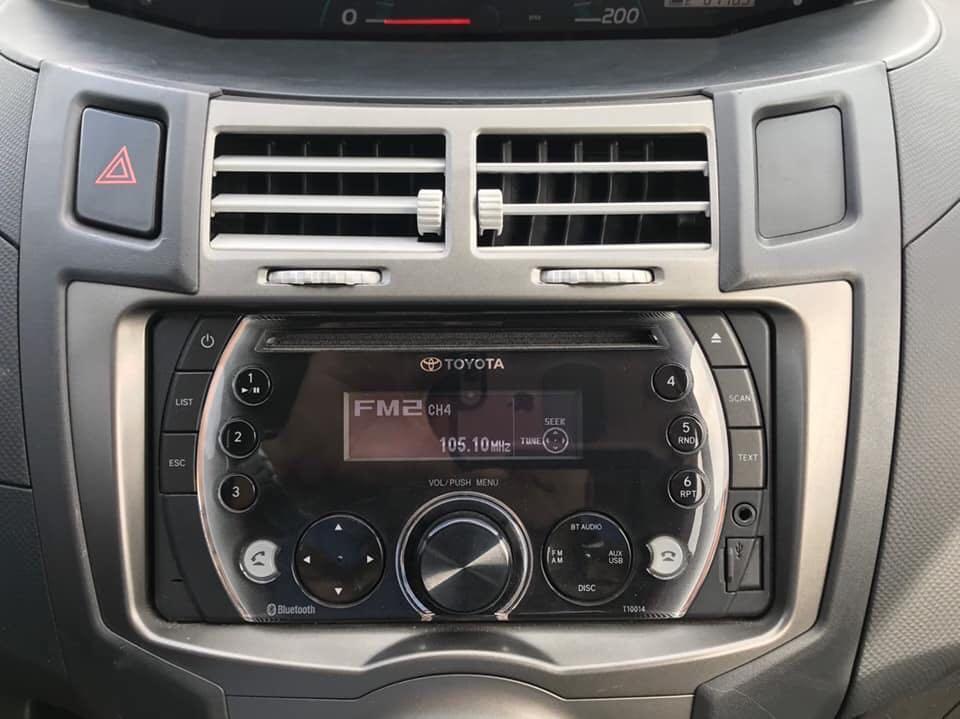 Toyota Yaris 2014年