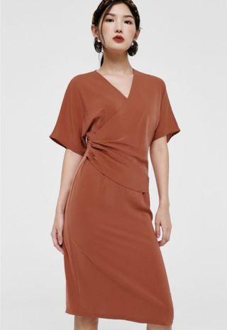 Ruched front midi dress in sienna