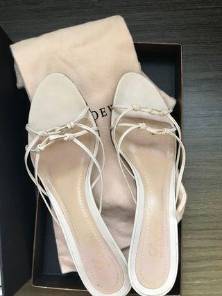 Loewe矮跟白色涼鞋