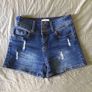 藍色牛仔短褲 排扣款
