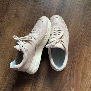 Tread by Everlane Sand Sneakers