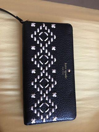 🚚 Brand New Authentic Kate Spade Wallet!