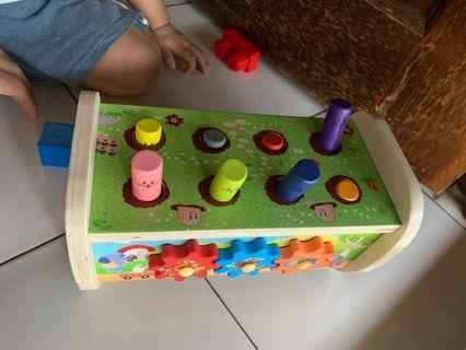 Wooden Toys pop up