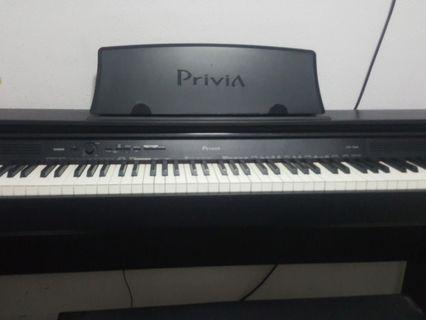 🚚 Casio PX760 digital piano+chair