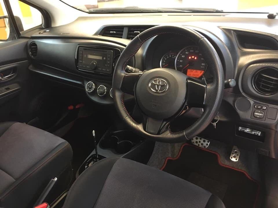 2012 Toyota Vitz GS
