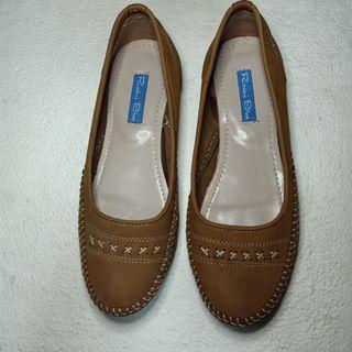 Sepatu wanita murah