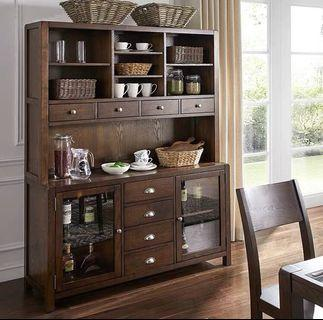AMERICAN STYLE: Buffet and Hutch